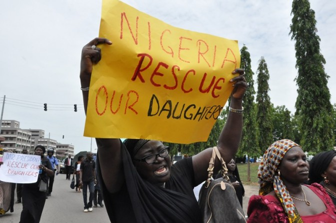 Nigeria army 'knows where Boko Haram are holding girls'