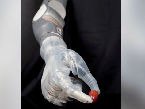 Robotic Arm Aims to 'Repay Some of the Debt' to Wounded Warriors - Executive Salad