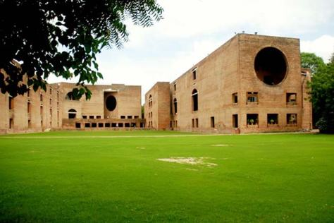 The Economist's Top Value-for-Money B-Schools - No. 4 - IIM-Ahmedabad - Executive Salad