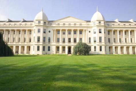 The Economist's Top Value-for-Money B-Schools - No. 10 - London Business School - Executive Salad