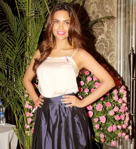 Esha Gupta wearing Nikhil Thampi - Executive Salad